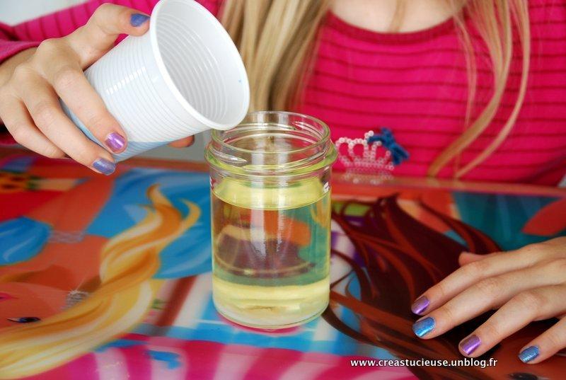 Fabriquer Une Lampe A Lave Avec Les Enfants Creastucieuse